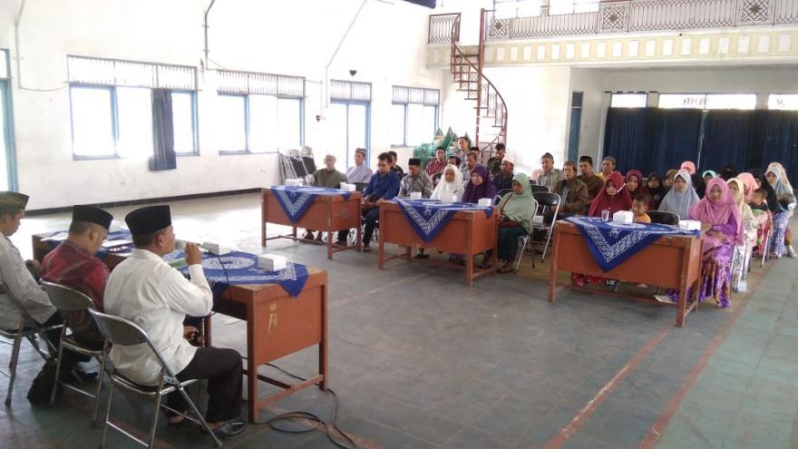 Image : Apresiasi Pemerintah Desa Banyurojo Kepada  Guru Ngaji