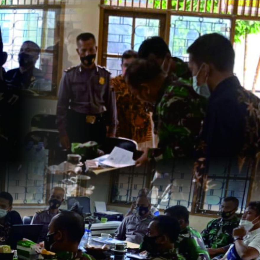 Image : Dalam Rangka PPKM, Pangdam Kunjungi Desa Banyurojo